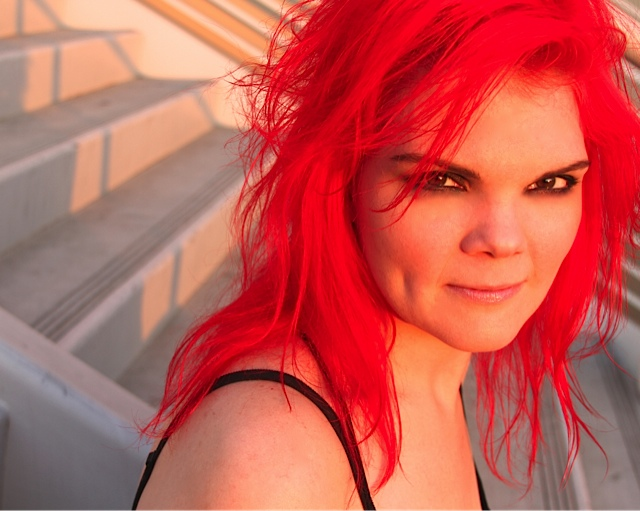redhead behead